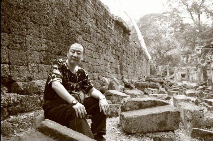 散花读书丨蒋蓝的诗•历史•远方