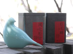 散花特制红茶:凤七松针+红毛峰